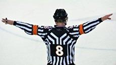 Хоккейный арбитр Вячеслав Буланов. Архивное фото
