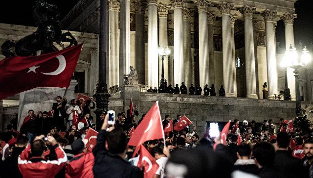 В Турции заявили, что Россия оказала наибольшую поддержку во время мятежа