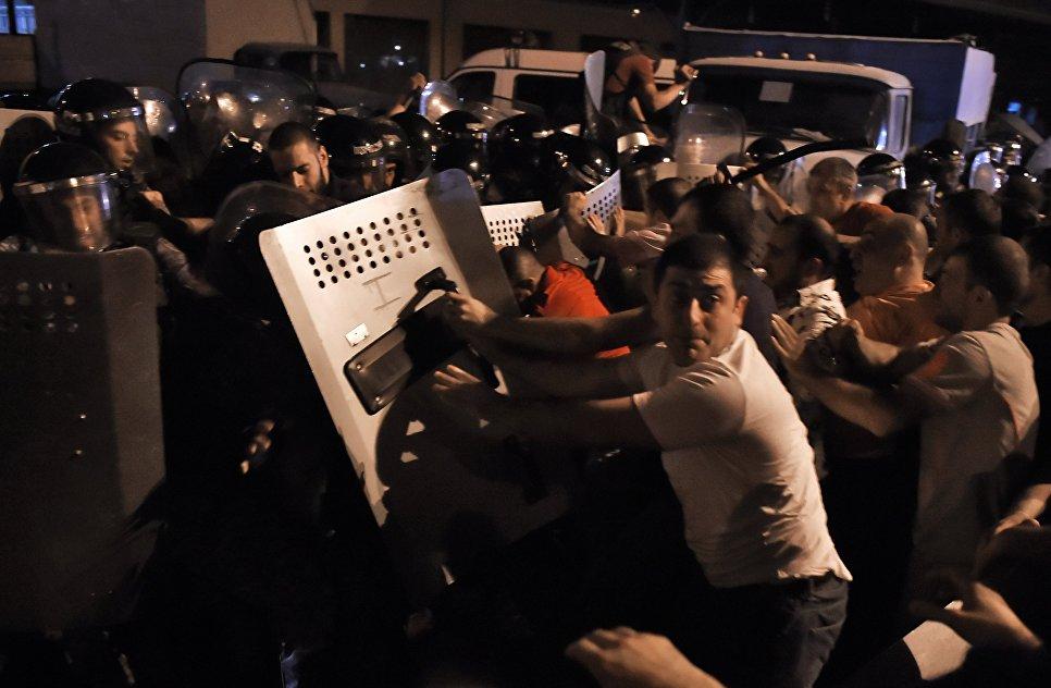 Тентакли атакуют девушек 3d 28 фотография