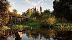 Пейзаж с церковью. Россия