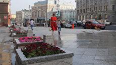 Горожане на Тверской улице. Архивное фото