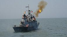 Стрельбы по воздушной и морской цели кораблей ВМФ России. Архивное фото