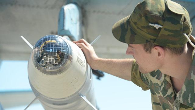 Лазерная боевая часть ракеты класса Воздух-земля. Архивное фото