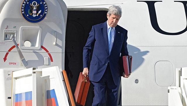 Государственный секретарь США Джон Керри в аэропорту Внуково-2 во время рабочего визита в Москву