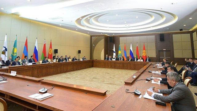 ВПетербурге вконце осени пройдет встреча премьеров РФиКитая