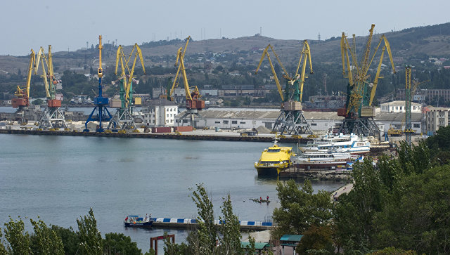 Украина заявила, что Турция ужесточит контроль за судами, заходящими в Крым