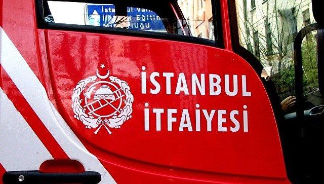 Пожар навоенной базе Турции: 10 человек пострадали