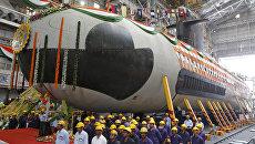Первая подводная лодка Scorpene ВМС Индии на военно-морском судостроительном заводе в Мумбаи. Архивное фото