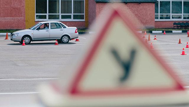 В Красноярском крае задержали пьяного инструктора автошколы
