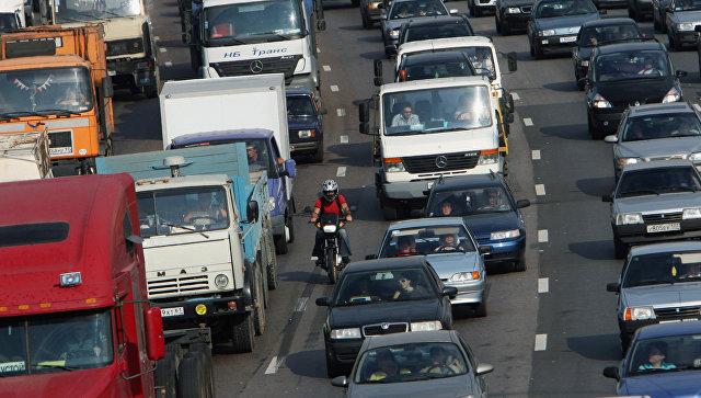 Движение на МКАД у Рязанского проспекта в Москве затруднено после аварии