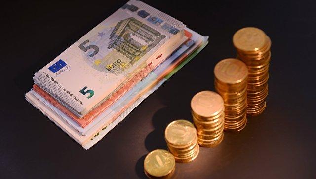 Официальный курс евро на четверг вырос до 75,08 рубля