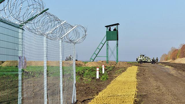Участок границы Украины с Россией. Архивное фото