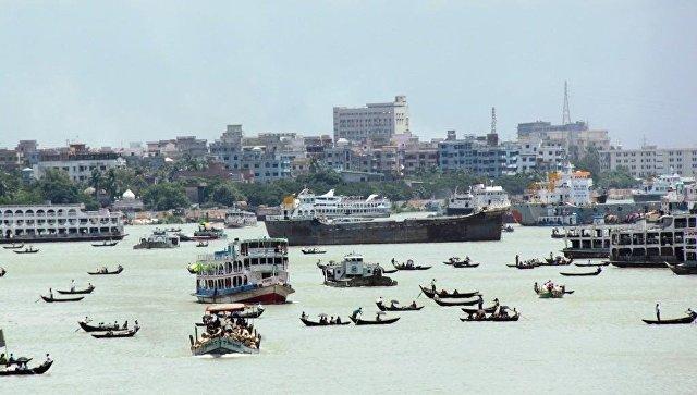 Паром затонул вБангладеш, 12 человек погибли