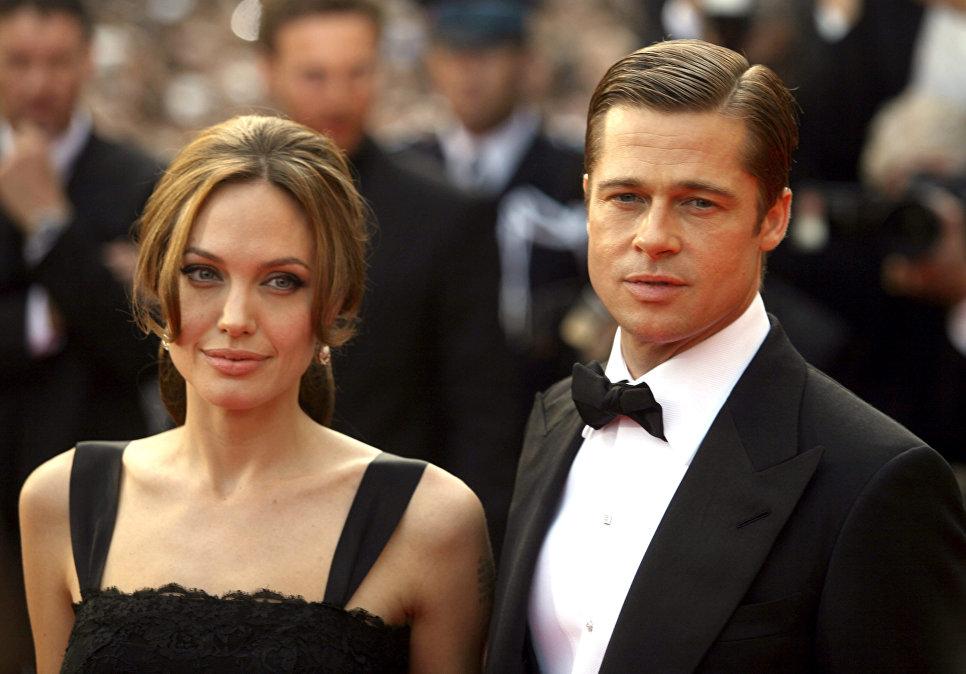 The People: Джоли иПитту предстоит разделить $500 млн