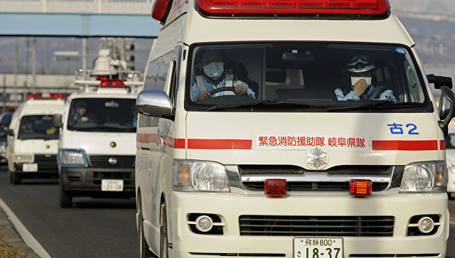 В аварии с туристическим автобусом в Японии пострадали 20 человек