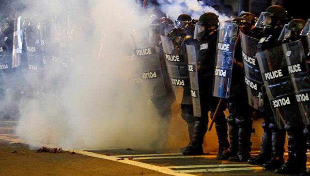 В охваченный протестами Шарлотт прибыла Нацгвардия США