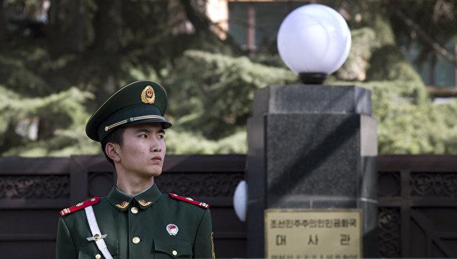 В Китае казнили мужчину, убившего чиновника гвоздометом - Фото