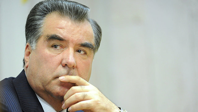 Эмомали Рахмон объявлен основателем независимого Таджикистана