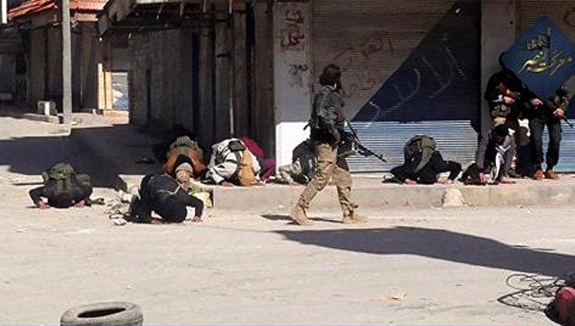 Боевики террористической организации в провинции Идлиб, Сирия. Архивное фото