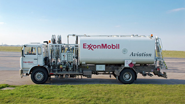 Автомобиль компании ExxonMobil