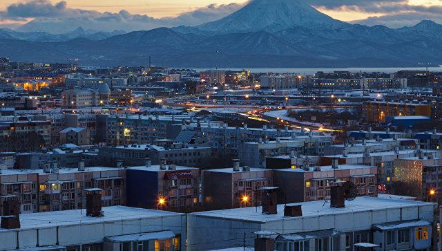 Вид на вечерний Петропавловск-Камчатский