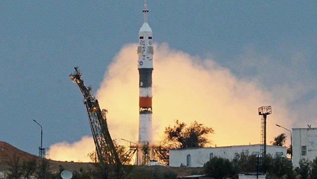 Старт ракеты-носителя с Байконура. Архивное фото