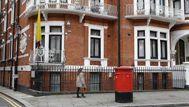 Впосольстве Эквадора встолице Англии сегодня допросят основоположника WikiLeaks