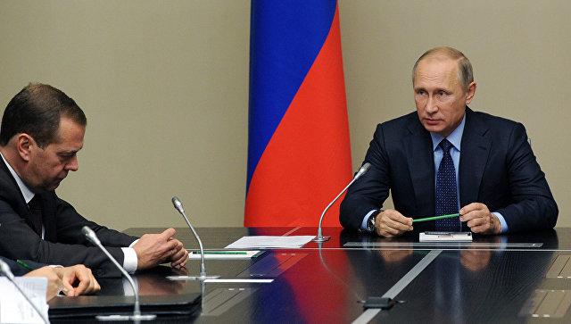 Путин обсудил сСовбезом встречу «нормандской четверки»