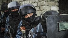 Календарь Работайте, братья! выпущенный МВД ЛНР