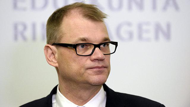 Премьер Финляндии пригласил Медведева