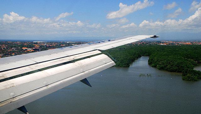 Посадка самолета на Бали. Архивное фото