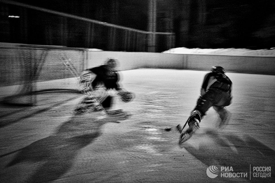 Матч между юниорскими любительскими командами города Ветлуга и посёлка Шаранга в городе Ветлуга Нижегородской области
