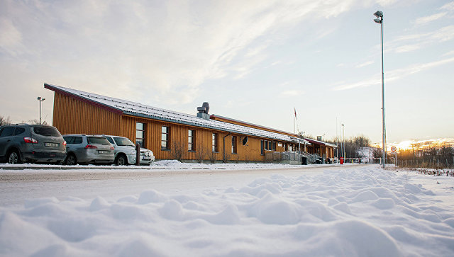 КПП Стурскуг недалеко от города Киркенес в Северной Норвегии
