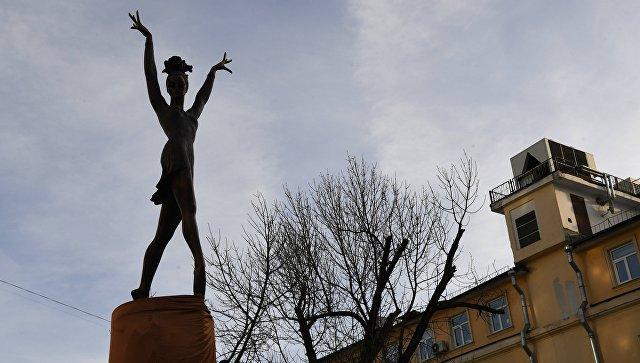 Памятник Майе Плисецкой в Москве. Архивное фото