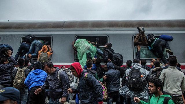 Мигранты и беженцы в Европе. Архивное фото