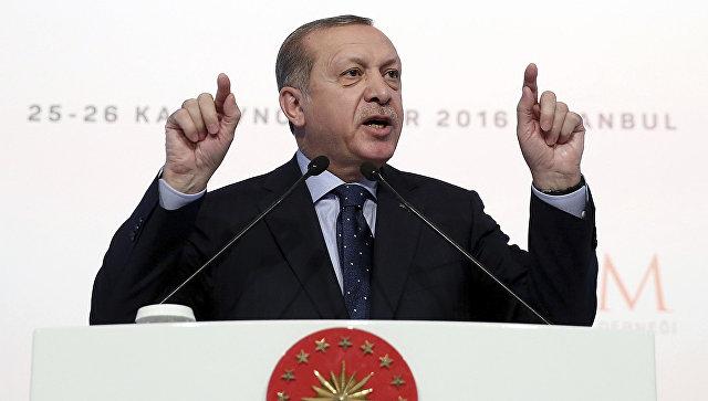 Президент Турции Реджеп Эрдоган во время выступления в Стамбуле. Архивное фото