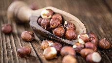 Очищенные плоды лесного ореха. Архивное фото
