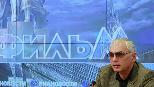Карен Шахназаров. Архивное фото