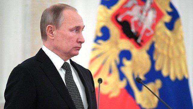 Путин поручил представить кнаградам погибших вСирии военнослужащих