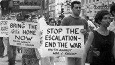 Демонстрация протеста против американской агрессии во Вьетнаме