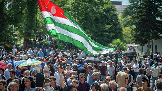 Абхазская оппозиция попробует провести вторые переговоры спрезидентом