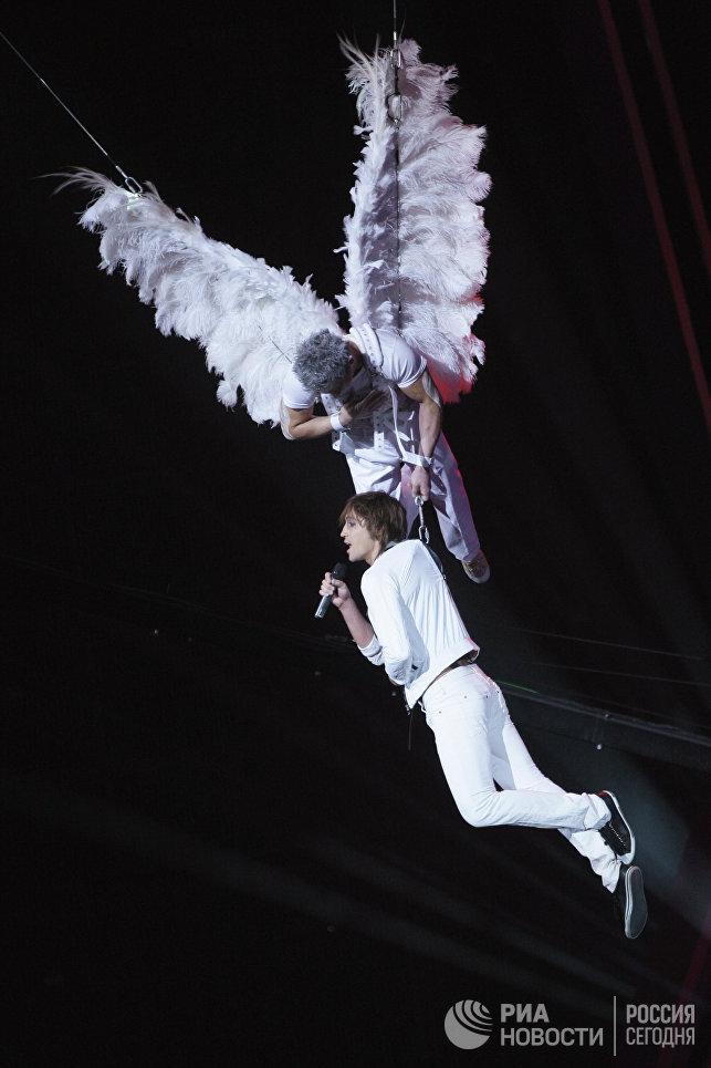 Победитель Евровидения-2008 певец Дима Билан в СК Олимпийский