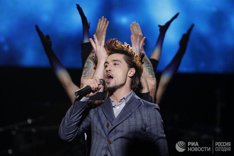 Дима Билан во время концерта в Санкт-Петербурге