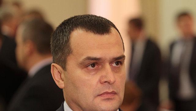Новый главы МВД Украины В. Захарченко на заседании Кабинета министров Украины. Архивное фото