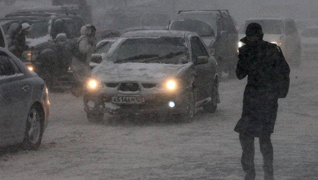 Только дополудня из-за снегопада воВладивостоке случилось 19 аварий