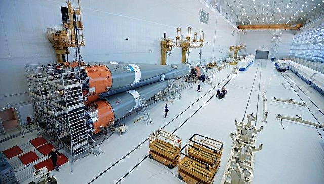Сборка ракеты-носителя Союз-2 в Техническом комплексе космодрома Восточный в Амурской области. Архивное фото