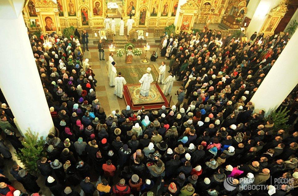 Рождественская служба в Кафедральном соборе во имя Казанской иконы Божией Матери в Чите