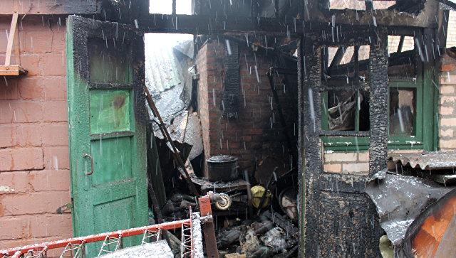 Прямое попадание: снаряд ВСУ разрушил дом наюге ДНР