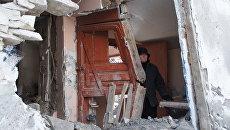 Последствия артобстрела украинскими силовиками городе Дебальцево. Архивное фото