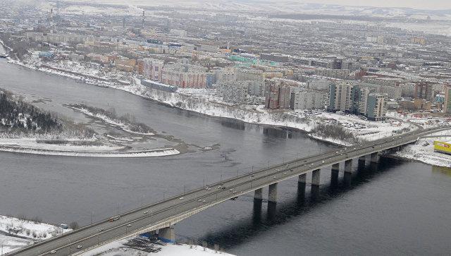 Красноярск, виды города, Октябрьский мост. Архивное фото